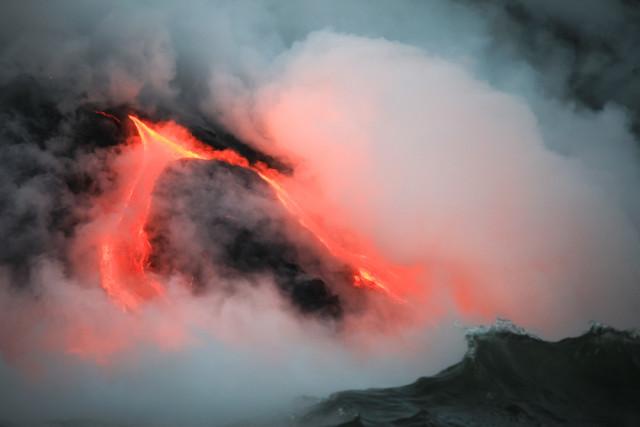 United States national parks Hawaii Volcanoes lava Juancat shutterstock_190651931