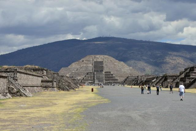 Mexico Teotihuacan Fernando Pallares shutterstock_185431256