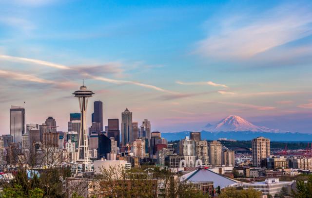 USA Washington Seattle skyline kan_khampanya shutterstock_191032193