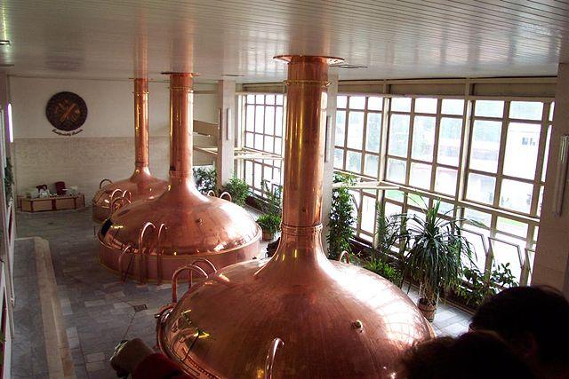 l2f-sep-16-pic-czech-ceske-budejovice-budweiser-budvar-brewery-beer-vats-brendan-macpherson-wikipedia