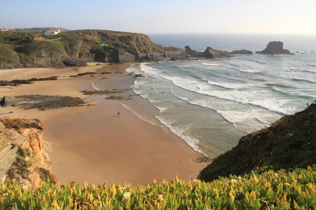Portugal Alentejo Zambujeira do Mar Francisco beach Caravana shutterstock_107079179