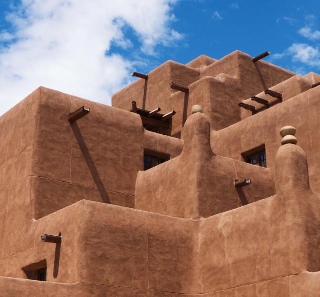 l2f-sep-16-pic-usa-new-mexico-santa-fe-adobe-architecture-shutterstock_57165013
