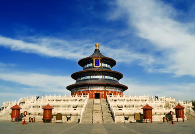 l2f-oct-16-pic-china-beijing-temple-of-heaven-fotohunter-shutterstock_31943836