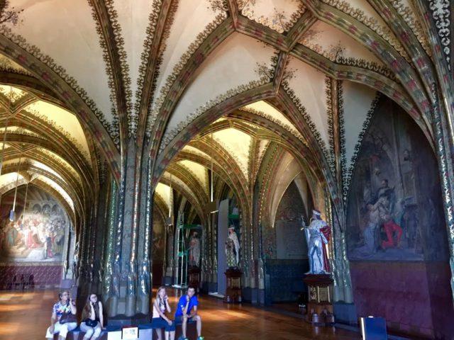 l2f-oct-16-pic-germany-saxony-meissen-castle-interior-dpa