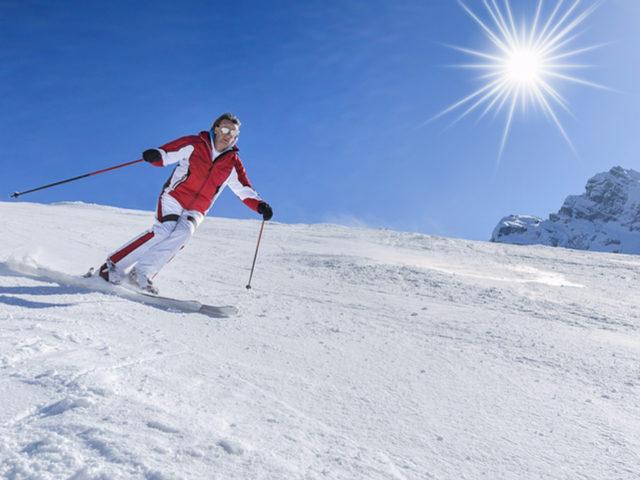 l2f-nov-16-pic-switzerland-skiing-davos-shutterstock_184075922-2