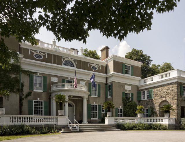 l2f-nov-16-pic-usa-presidential-libraries-homes-franklin-roosevelt-hyde-park-liz-van-steenburgh-shutterstock_207462421