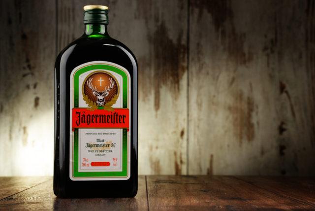 l2f-nov-16-pic-spirits-jaegermesiter-monticello-shutterstock_370185110