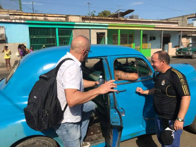 L2F Jan 17 pic Cuba Havana classic cars JAB blue taxi SDLV