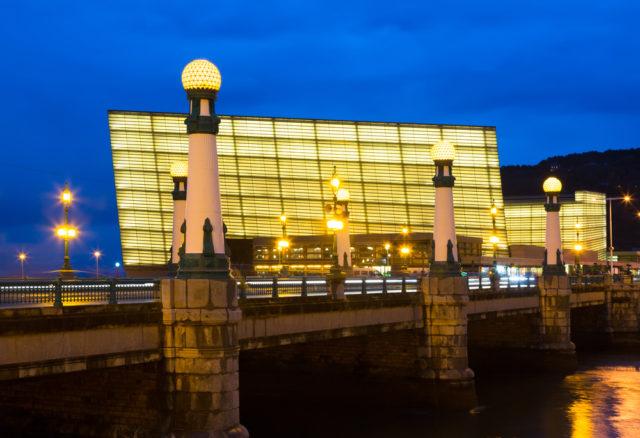 L2F Jan 17 pic Spain architects Moneo Bilbao Kursaal shutterstock_301264961