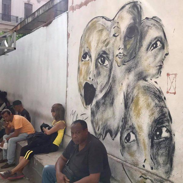 L2F Mar 17 pic Cuba Havana street art faces at bus stop