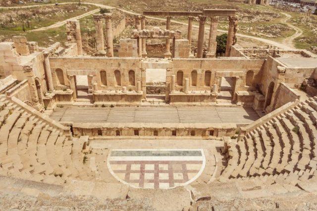 L2F Apr 17 pic Jordan Gerash Jerash amphitheatre Shutterstock