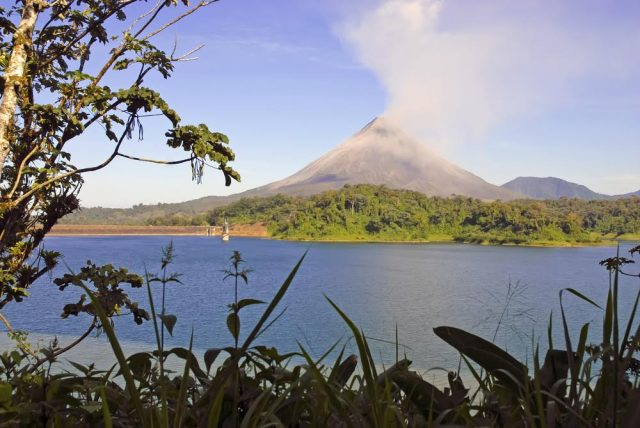 L2F May 17 pic Costa Rica Arenal volcano & lake