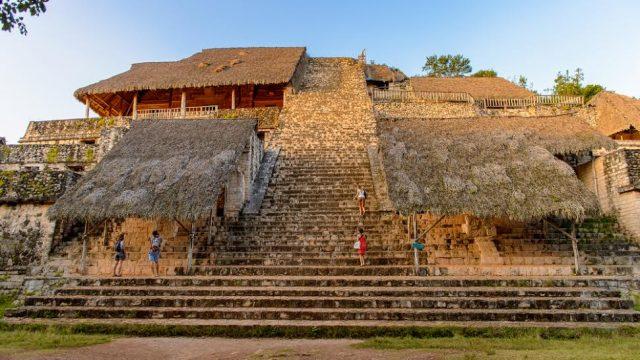 L2F Jun 17 pic Mexico Yucatan Ek Balam main pyramid
