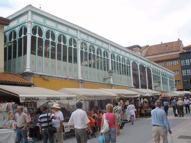 L2F Aug 17 pic Spain Asturias Oviedo_-_Mercado_del_Fontán_2