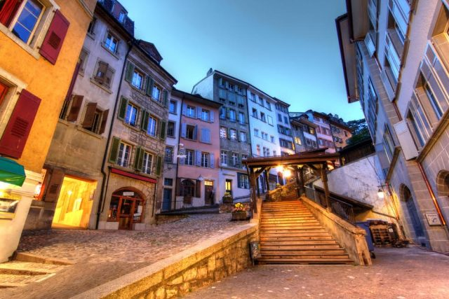 L2F Aug 17 pic Switzerland Lausanne Escaliers du Marché