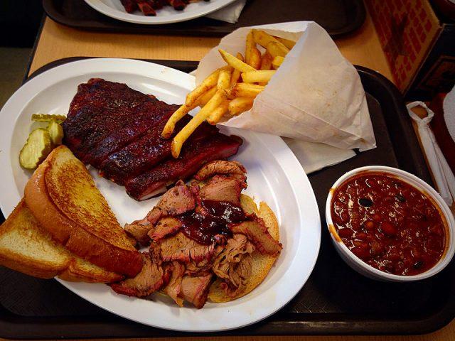 L2F Aug 17 pic USA barbecue Kansas City vwcampin flickr
