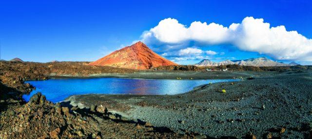 L2F Oct 17 pic Spain Canary Islands Lanzarote Timanfaya shutterstock_573901033