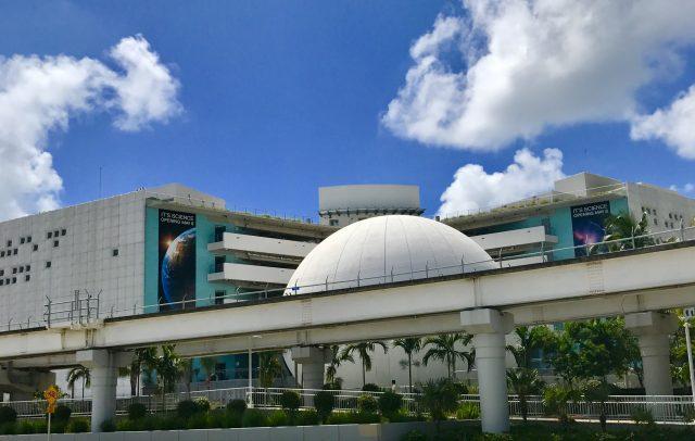 TBP pic USA FL Miami science museum exterior
