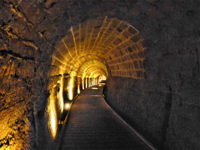 L2F Nov 17 pic Israel Acre Akko Templar Tunnel