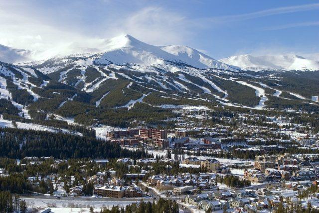 L2F Nov 17 pic USA Rockies skiing winter resorts Breckenridge Colorado shutterstock_11980609