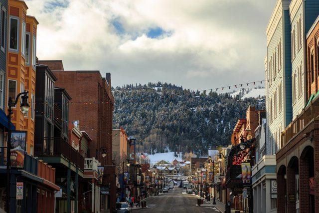 L2F Nov 17 pic USA Rockies winter skiing resorts Utah Park City shutterstock_583809562 (1)
