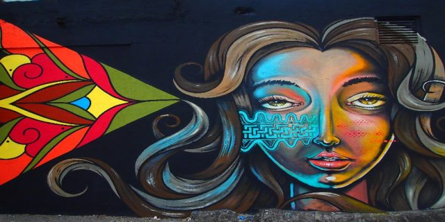 L2F Dec 17 pic Costa Rica San José street art female face colorful triangle