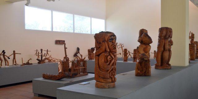L2F Dec 17 pic Spain Almeria Pedro Gilabert Gallegos scultpures in museum