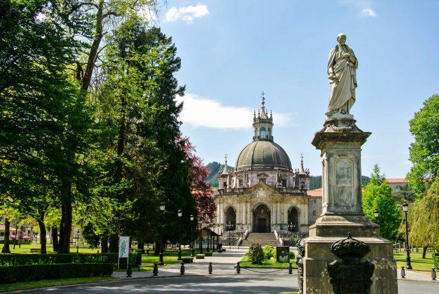 Santuario_Loyola_Gipuzkoa_Euskadi_Pais_Vasco_Ander Dylan_Shutterstock-min