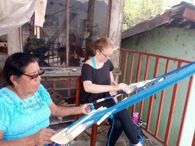 L2F Jan 18 pic Guatemala Atitlán backstrap weaving Lauren Cocking with teacher