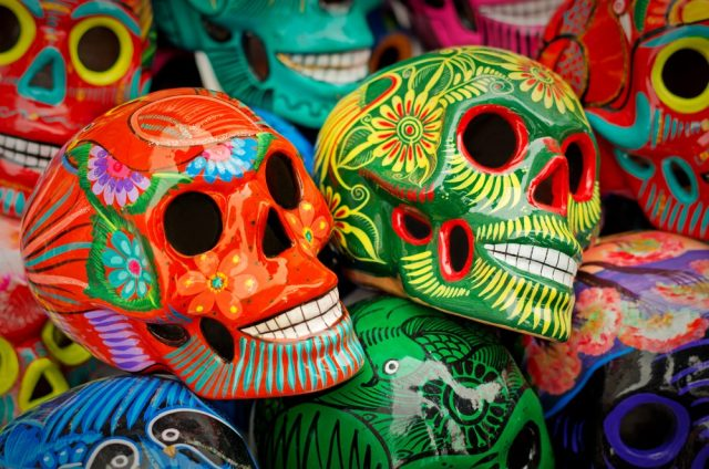 L2F Jan 18 pic rainiy day beach shopping crafts skulls shutterstock_529176901