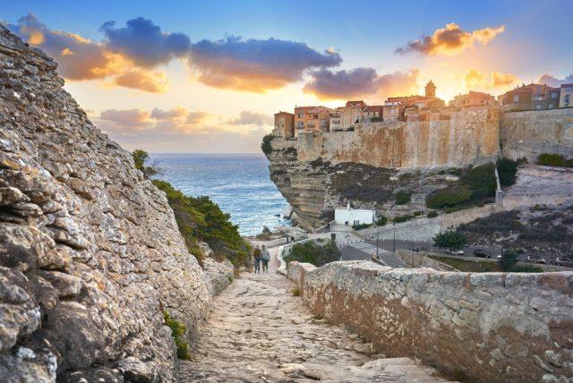 L2F Mar 18 pic France Corsica Bonifacio shutterstock_339266552