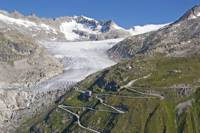 L2F Mar 18 pic Switzerland Furka Pass Rhone Glacier shutterstock_60864523