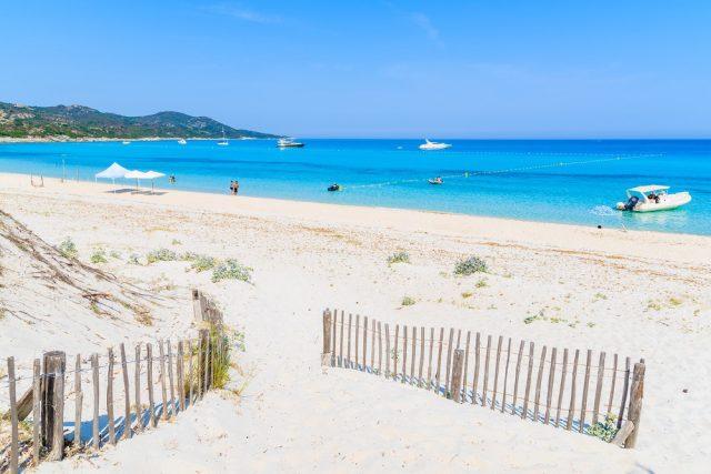 L2F mar 18 pic France Corsica Saleccia Beach shutterstock_409941751