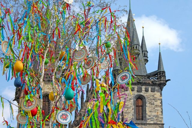 L2F Apr 18 pic Europe Easter Prague Old Town Square shutterstock_1026611998