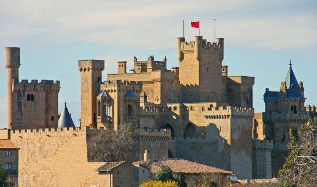 L2F Apr 18 pic Europe Spain Navarre Olite Royal Palace Mario Marti flickr