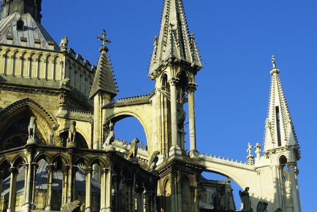 L2F Apr 18 pic France Reims Cathedral Pixabay DEZALB
