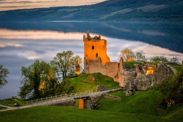 L2F Apr 18 pic UK Scotland Highlands Urquhart Castle Loch Ness shutterstock_451220248