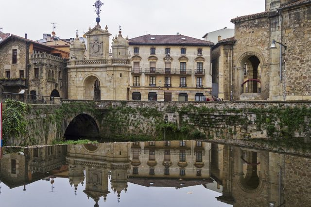 L2F May 18 pic Spain Vizcaya Durango old town shutterstock_751486063