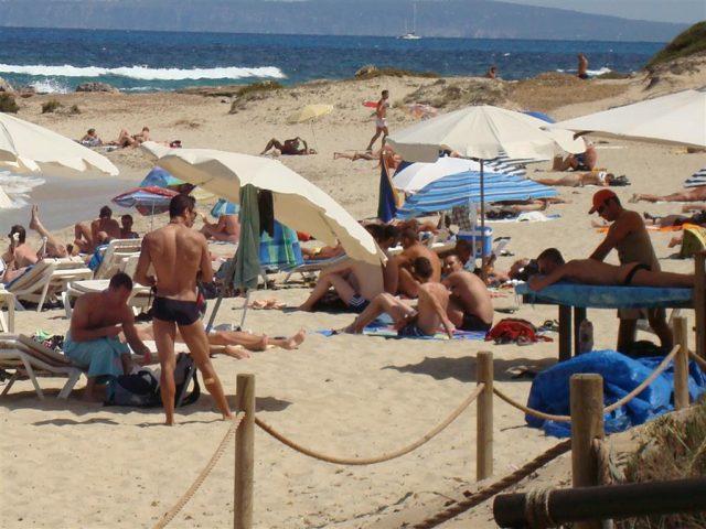 L2F Jun 18 pic Europe gay Spain Ibiza beach