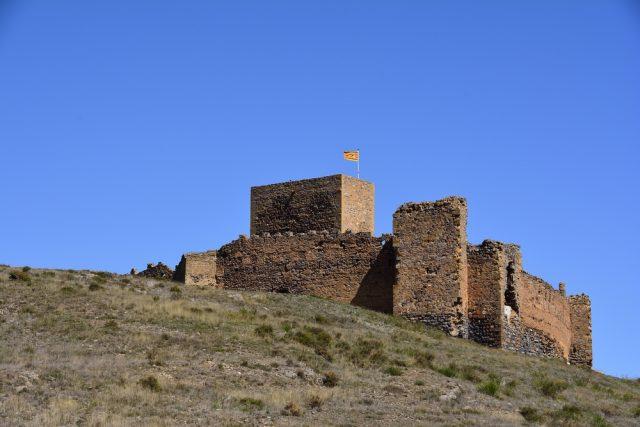 L2F Jul 18 pic Aragon Trasmoz castle shutterstock_638125174