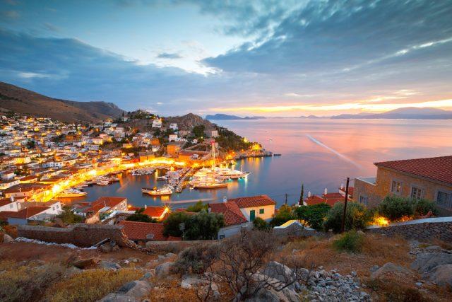 L2F Jul 18 pic Greece Saronics Hydra town shutterstock_381638293