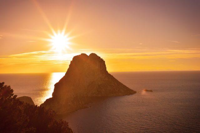 L2F Sep 18 pic Spain Balearic Islands Ibiza top shot Es Vedrà shutterstock_386123884