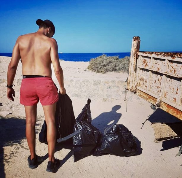 L2F Sep 18 pic Spain Ibiza Nature Project beach cleanup