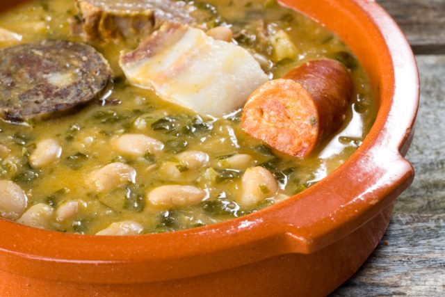 L2F Oct 18 pic Spain Cantabria gastronomy fabada shutterstock_86391613
