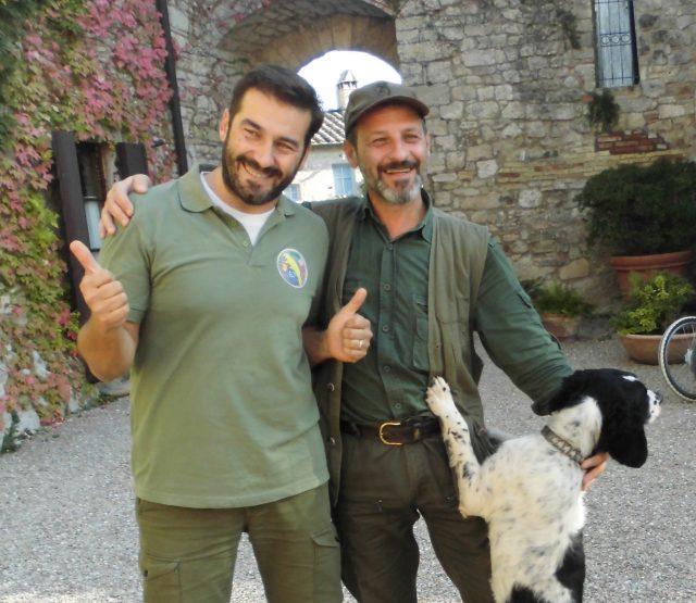 L2F Nov 18 pic Italy Tuscany Borgo Pignano truffle hunters