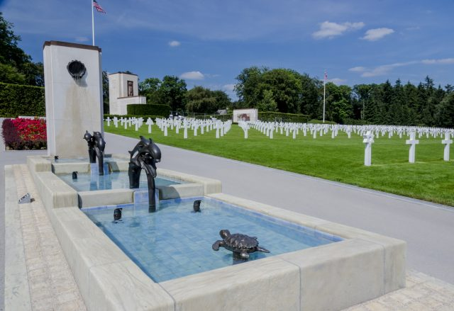 This cemetery contains over 5000 graves mostly of servicemen who died in the Battle of the Bulge. Luxembourg