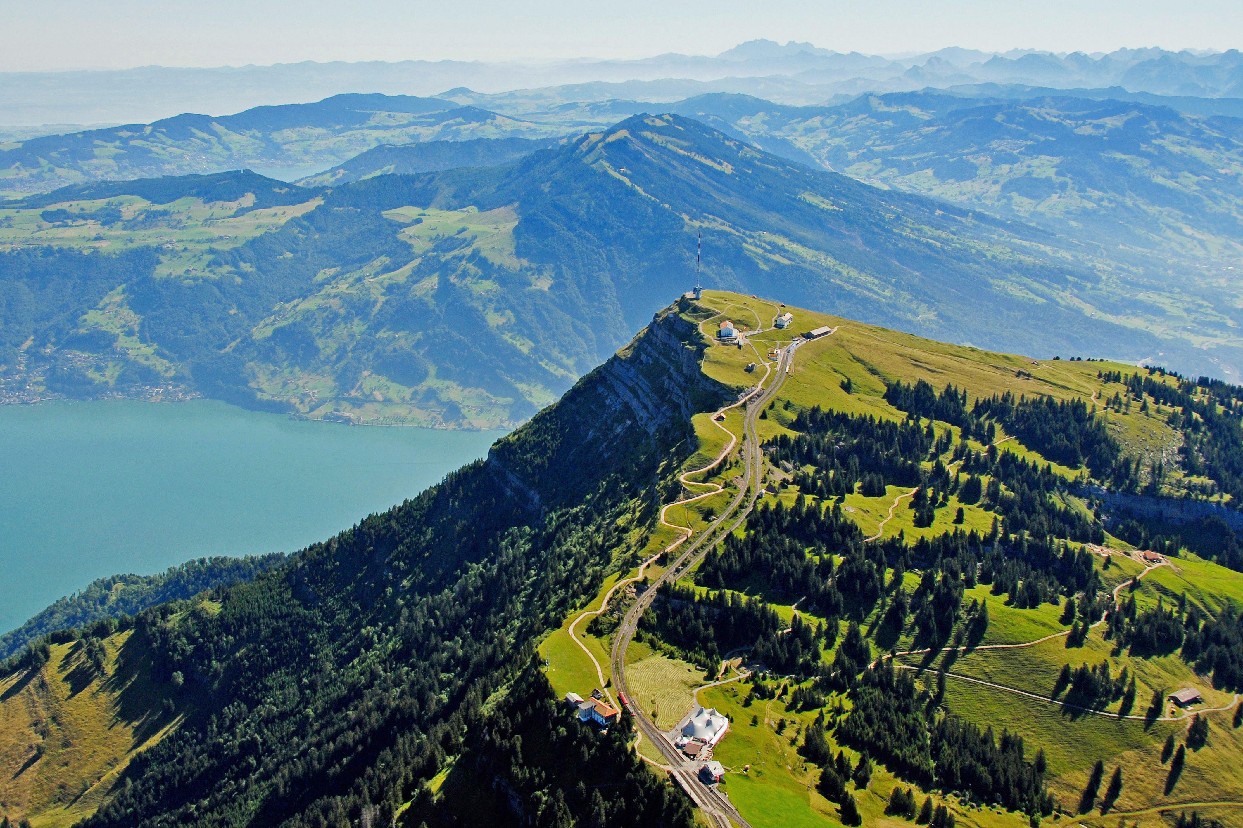 L2F Jan 19 pic Switzerland train Mt Rigi