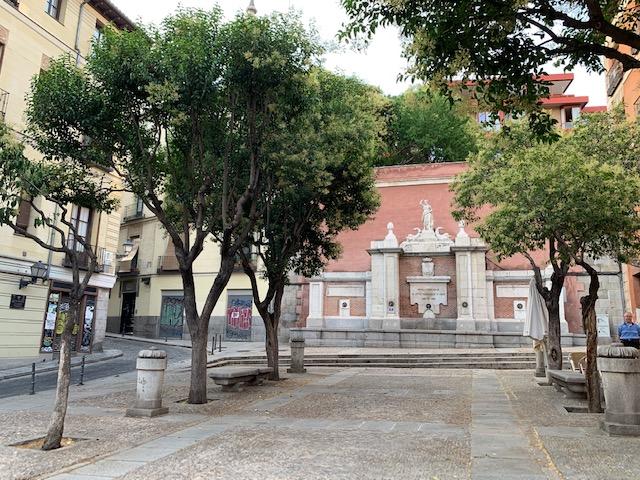 L2F Sep 19 pic Spain Madrid medieval Plaza de la Cruz Verde