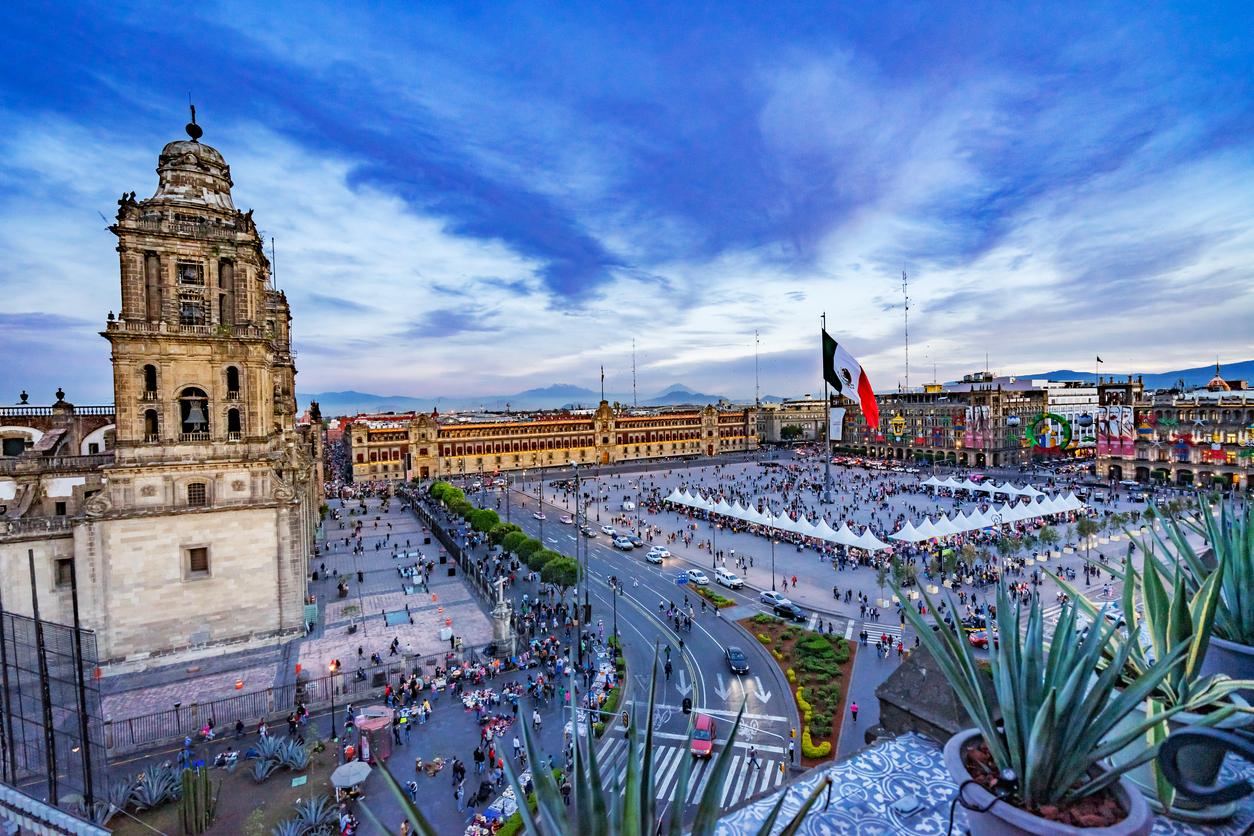 Mexico City's Magnificent Historic Centre - Me gusta volar