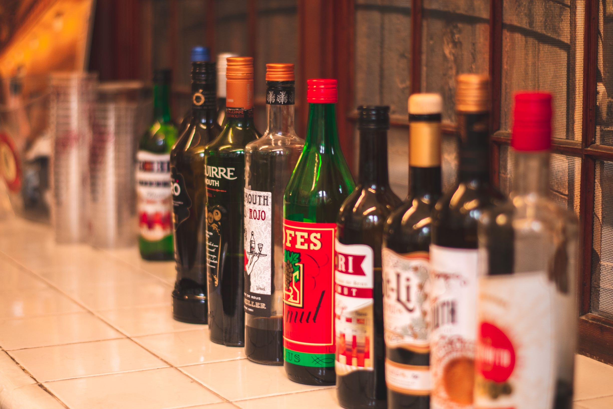 L2F Nov 19 pic Spain vermouth Reus Estacio Enologica bottles